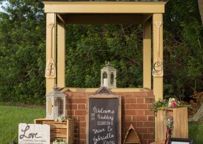 Wedding Decorations - Venue Rental - Williamsburg Square - United Women's Club of Lakeland